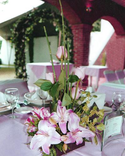 Arreglo floral centro de mesa Jardín La Palapa
